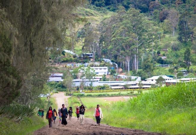 Ukarumpa road